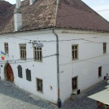 Casa Matia: han, spital, pușcărie, muzeu și școală