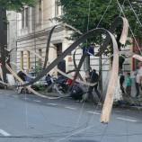 24 – 28.05 FOTO Zilele Clujului: instalaţie spectaculoasă pe strada Kogălniceanu